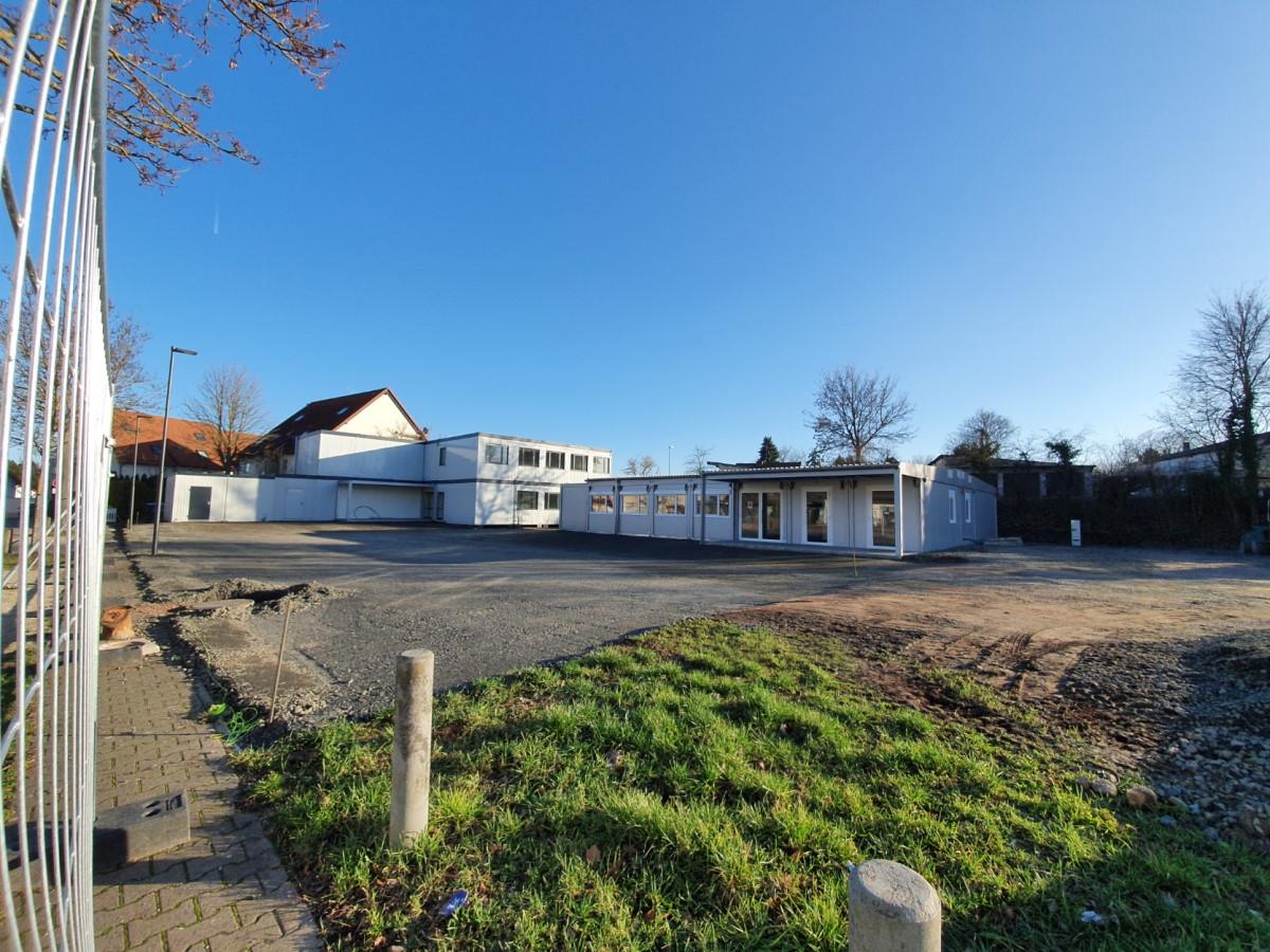 Abenheimer Festplatz Container Schule