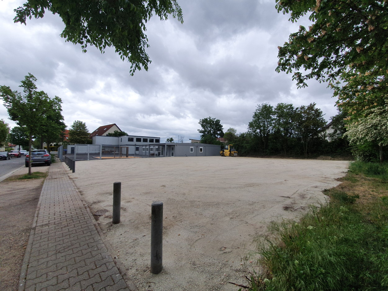 Festplatz Abenheim ist nach Umzug der Schule fertiggestellt.